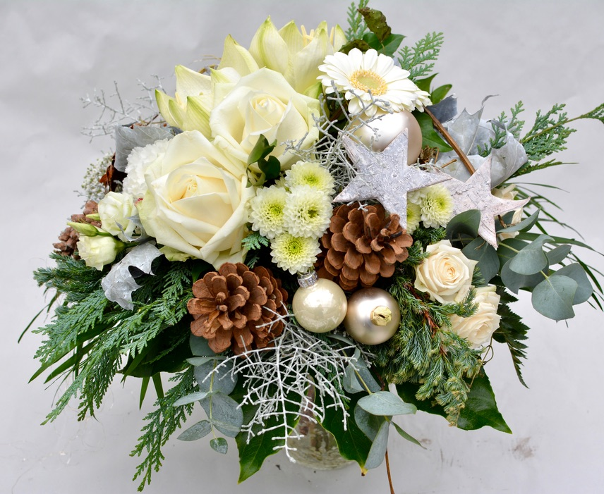 Seasonal and Holiday Arrangements